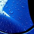 Waschstraßen-Wachs ist enorm unterschiedlich. Nach vielen Versuchen hab ich endlich einen Favoriten gefunden: Lackbild nach vier Wochen Eis u. Schnee u. Salz...... 6 Jahre alter Lack mit Lotuseffekt ;-) nach reinigendem Regen.