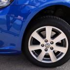 """Die Lenkpräzision meines Caddy ist umwerfend gut, mit entsprechenden Reifen. Auch die Bremsanlage ist perfekt dimensioniert, die Bremswirkung auch voll beladen ist brachial. Dabei feinfühlig dosierbar """"saugend""""."""