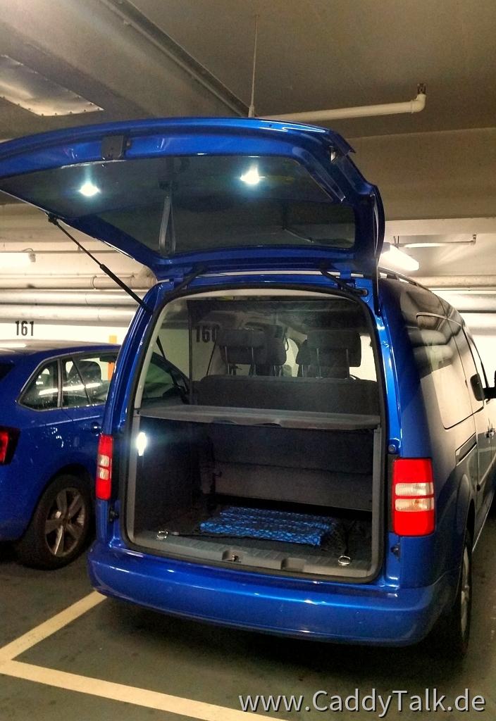 LED Arbeitslicht im Kofferraum